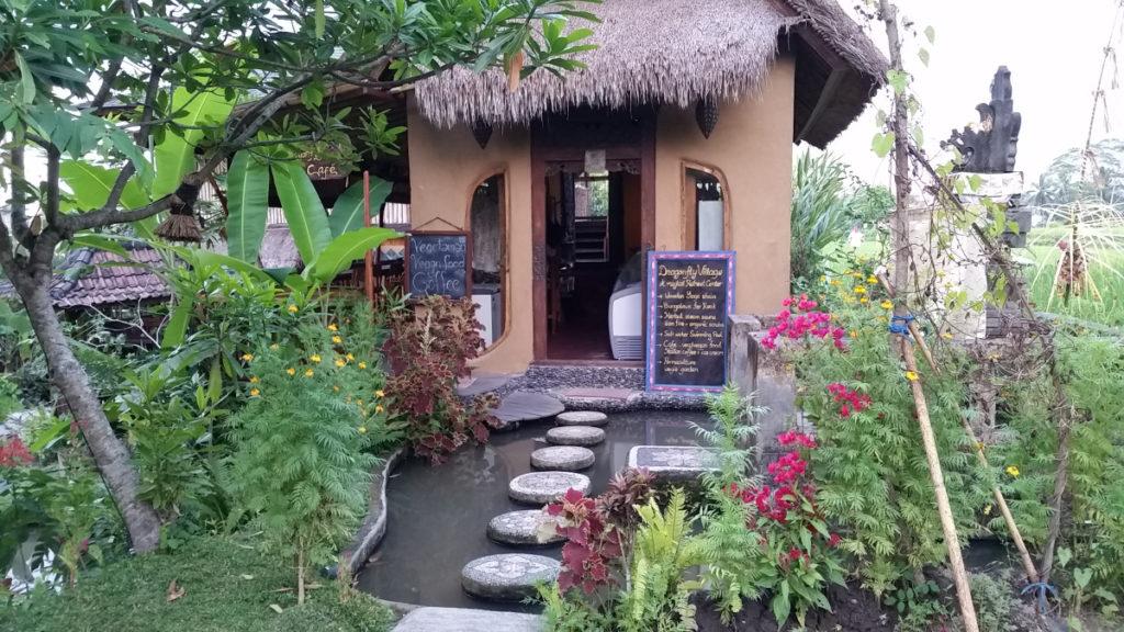 Ein hippes Warung in Ubud (Bali)